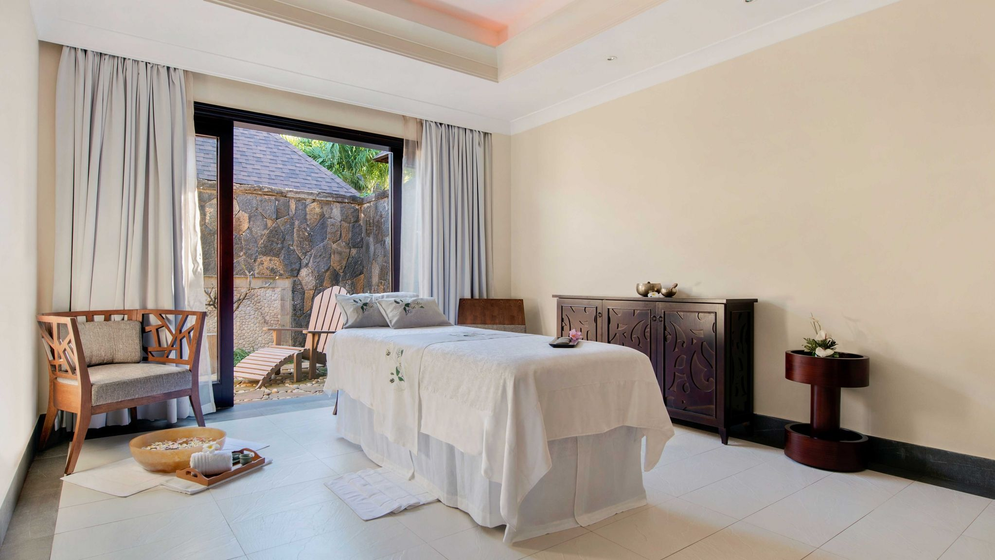 Heavenly Spa by Westin Treatment Room, Westin Turtle Bay Mauritius